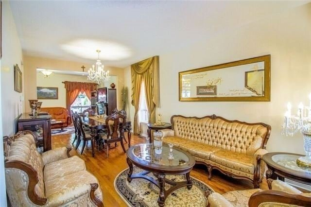 Detached at 468 Cranston Park Ave, Vaughan, Ontario. Image 14