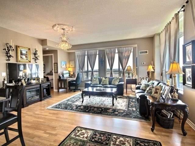 Condo Apartment at 9225 Jane St, Unit 1005, Vaughan, Ontario. Image 14