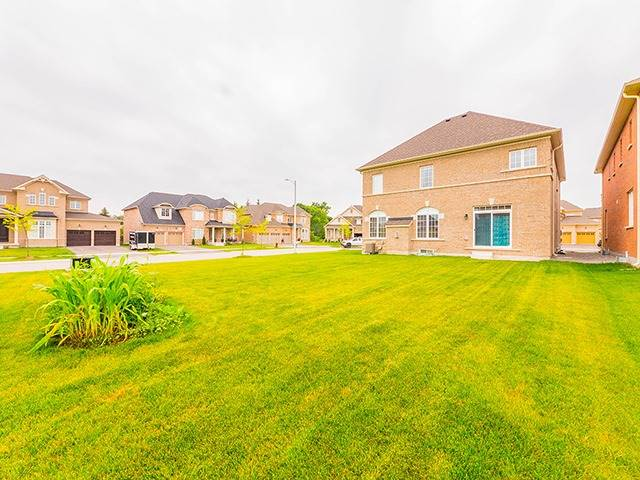 Detached at 35 Copeland Cres, Innisfil, Ontario. Image 10