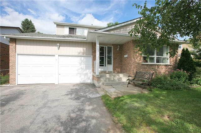 Detached at 41 Howlett Ave, Newmarket, Ontario. Image 12