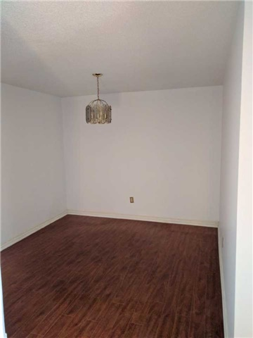 Condo Apartment at 8501 Bayview Ave, Unit 618, Richmond Hill, Ontario. Image 12