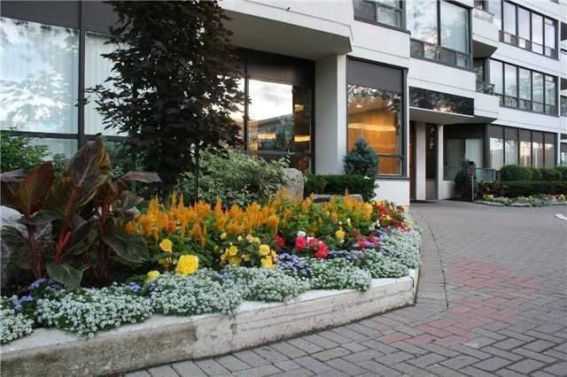 Condo Apartment at 8501 Bayview Ave, Unit 618, Richmond Hill, Ontario. Image 14