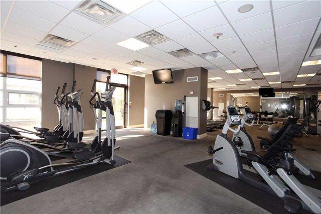Condo Apartment at 9245 Jane St, Unit 402, Vaughan, Ontario. Image 7