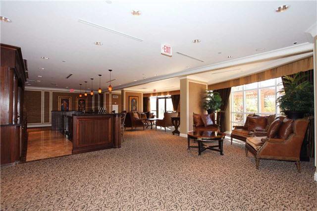Condo Apartment at 9245 Jane St, Unit 402, Vaughan, Ontario. Image 9