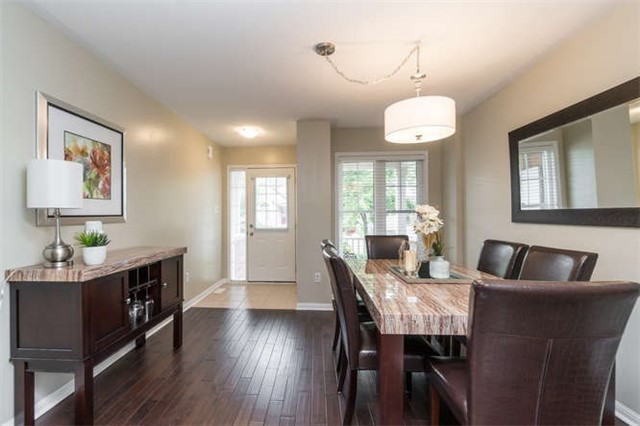 Townhouse at 259 Chilcott Cres, Newmarket, Ontario. Image 12