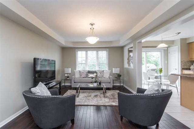 Townhouse at 259 Chilcott Cres, Newmarket, Ontario. Image 14