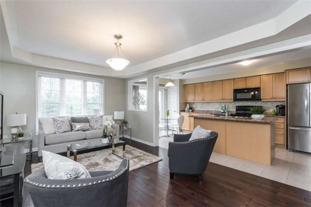 Townhouse at 259 Chilcott Cres, Newmarket, Ontario. Image 15