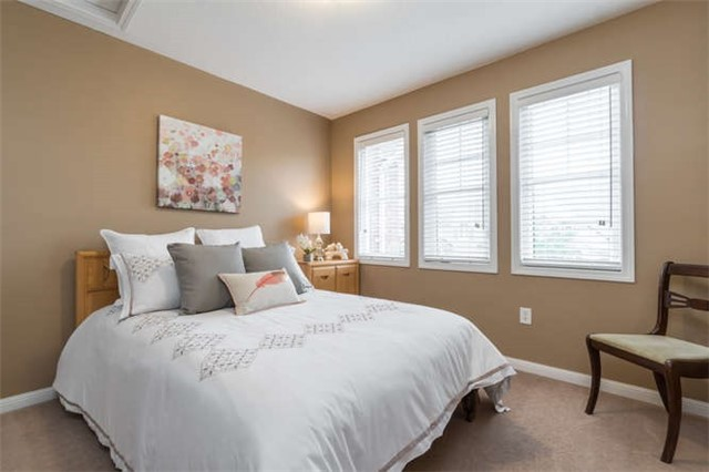 Townhouse at 259 Chilcott Cres, Newmarket, Ontario. Image 5