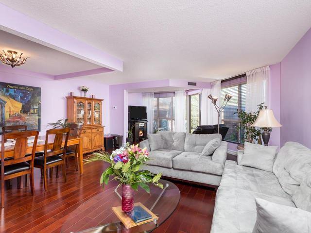 Condo Apartment at 5 Weldrick Rd E, Unit 103, Richmond Hill, Ontario. Image 16
