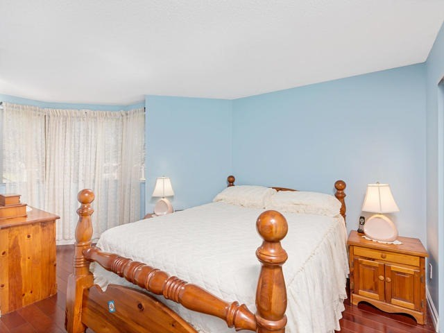 Condo Apartment at 5 Weldrick Rd E, Unit 103, Richmond Hill, Ontario. Image 19
