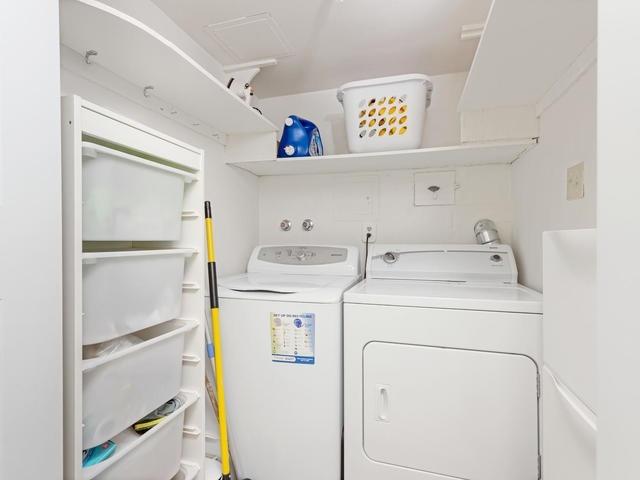 Condo Apartment at 5 Weldrick Rd E, Unit 103, Richmond Hill, Ontario. Image 7
