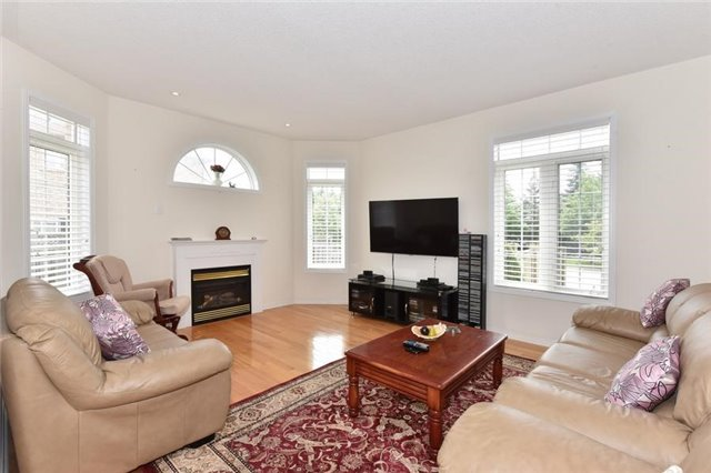 Detached at 1 Greengage St, Markham, Ontario. Image 20