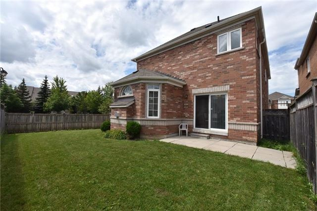 Detached at 1 Greengage St, Markham, Ontario. Image 13