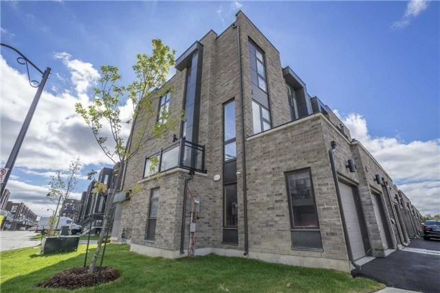 Townhouse at 1 Thorncrest Dr, Vaughan, Ontario. Image 14