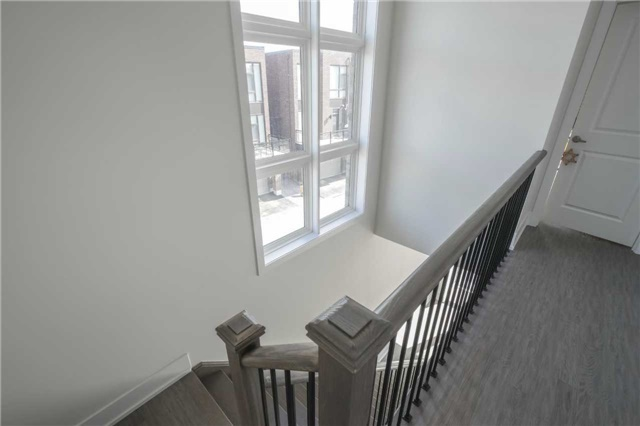 Townhouse at 1 Thorncrest Dr, Vaughan, Ontario. Image 4