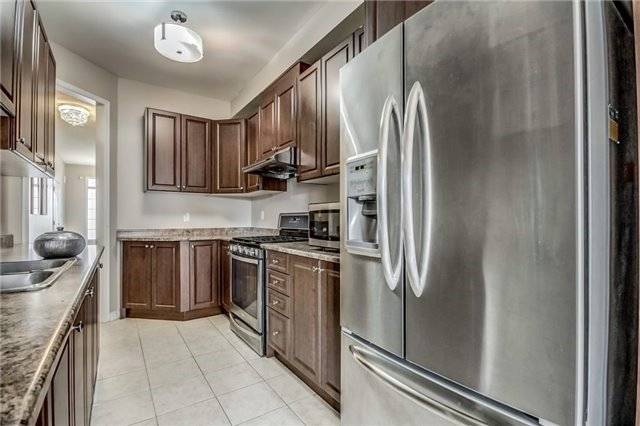 Townhouse at 32 Walter Sinclair Crt, Richmond Hill, Ontario. Image 20
