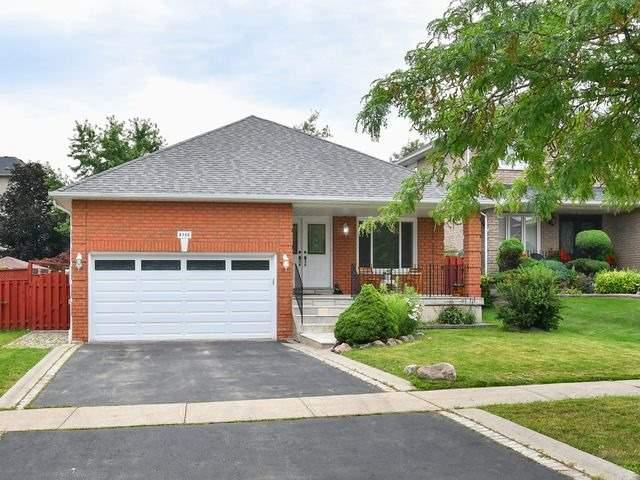 Detached at 8746 Martingrove Rd, Vaughan, Ontario. Image 1