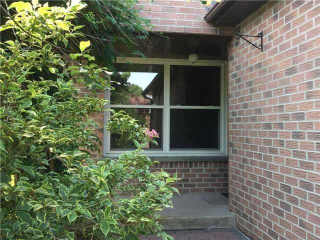 Detached at 6 Constellation Cres, Richmond Hill, Ontario. Image 10