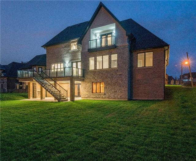 Detached at 31 Winterlude Crt, Vaughan, Ontario. Image 10