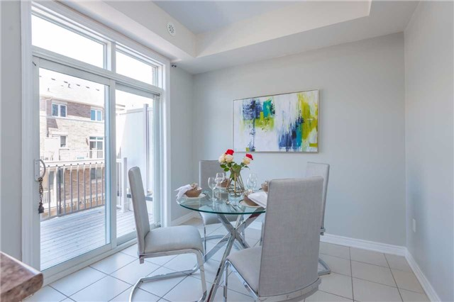 Condo Townhouse at 38 Comely Way, Markham, Ontario. Image 4