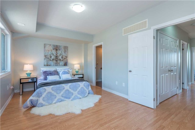 Condo Townhouse at 38 Comely Way, Markham, Ontario. Image 7