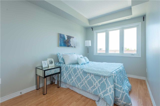 Condo Townhouse at 38 Comely Way, Markham, Ontario. Image 9