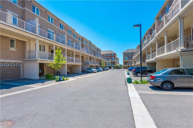 Condo Townhouse at 38 Comely Way, Markham, Ontario. Image 11