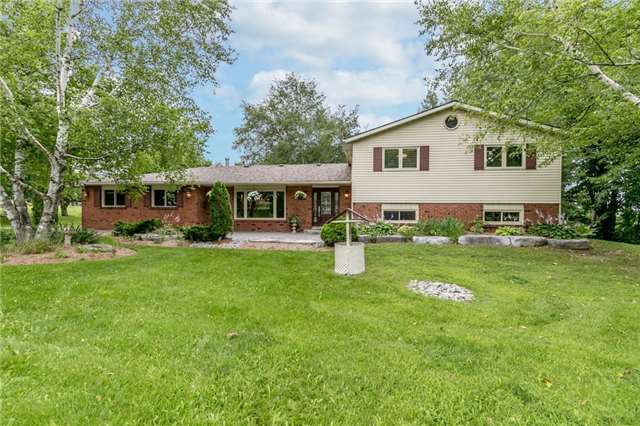 Detached at 19526 Mccowan Rd, East Gwillimbury, Ontario. Image 1