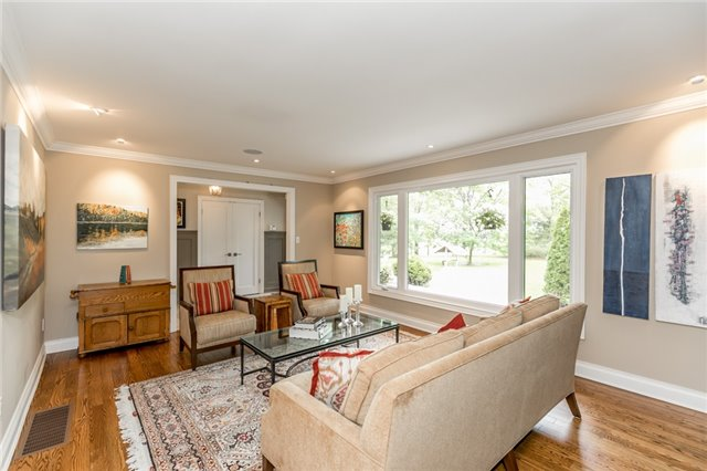 Detached at 19526 Mccowan Rd, East Gwillimbury, Ontario. Image 15