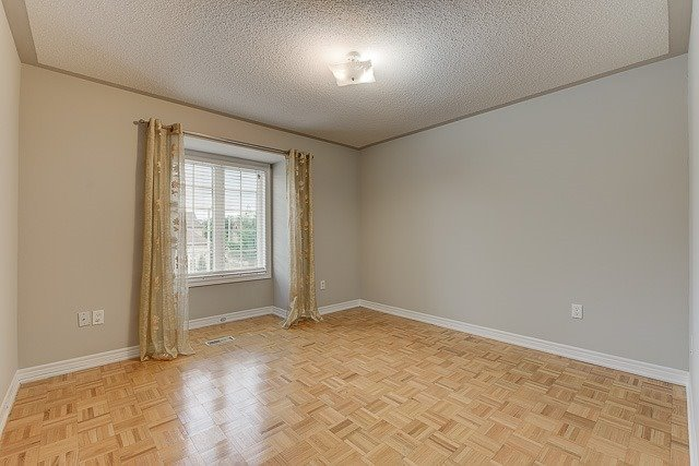 Townhouse at 4 Zola Gate, Vaughan, Ontario. Image 5