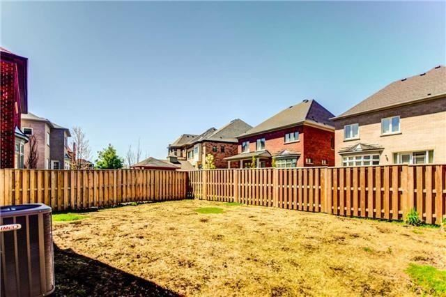 Detached at 14 Robert Berry Cres, King, Ontario. Image 13