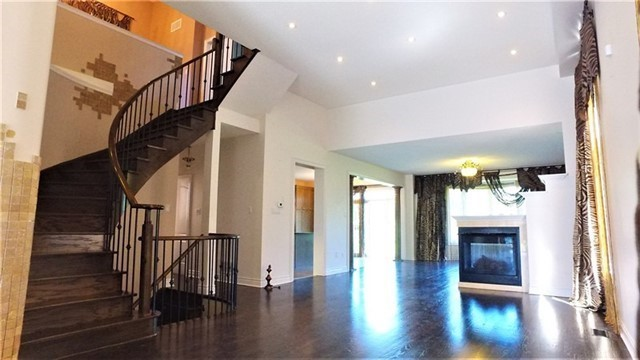 Detached at 84 Golden Orchard Rd, Vaughan, Ontario. Image 16