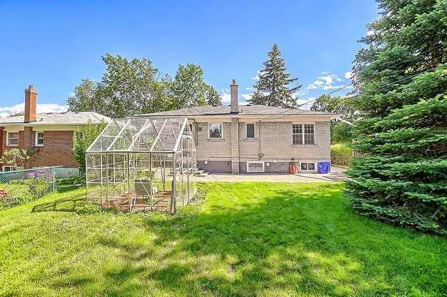 Detached at 43 Boothbay Cres, Newmarket, Ontario. Image 11