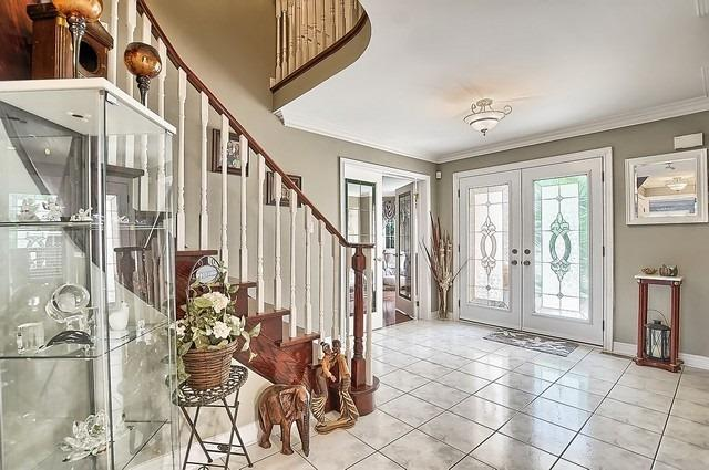 Detached at 583 Goodyear Cres, Newmarket, Ontario. Image 13