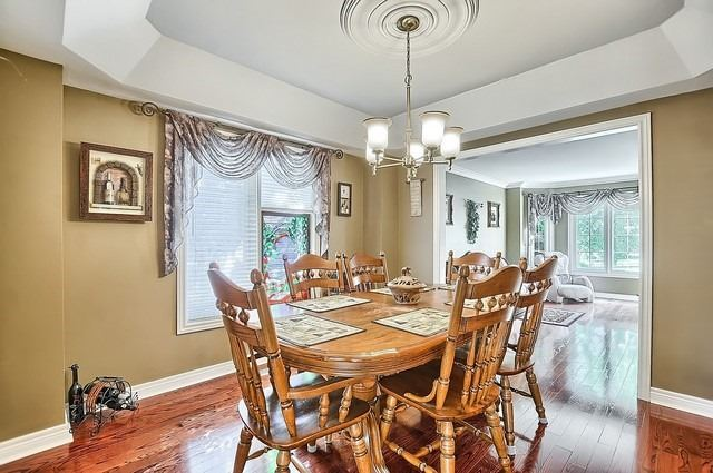 Detached at 583 Goodyear Cres, Newmarket, Ontario. Image 15