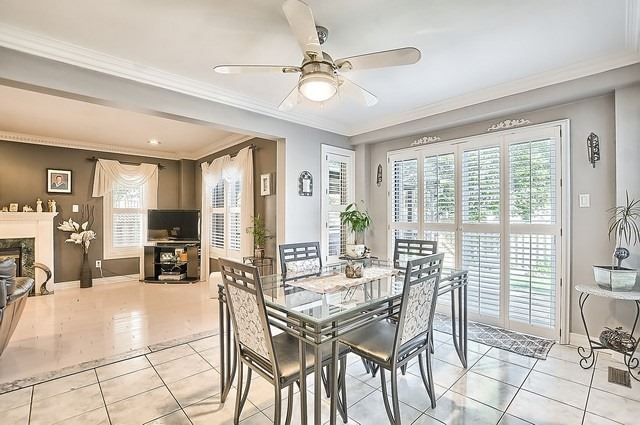 Detached at 583 Goodyear Cres, Newmarket, Ontario. Image 17