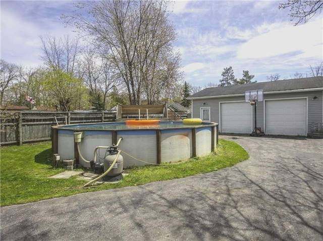 Detached at 239 Elm Ave, Georgina, Ontario. Image 16