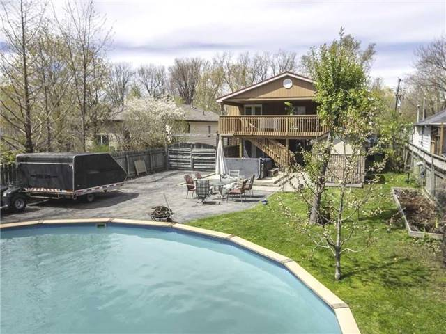 Detached at 239 Elm Ave, Georgina, Ontario. Image 17