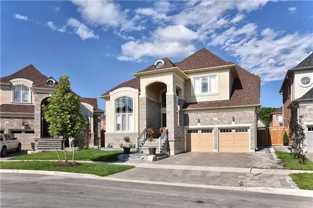 Detached at 68 Chesney Cres, Vaughan, Ontario. Image 12