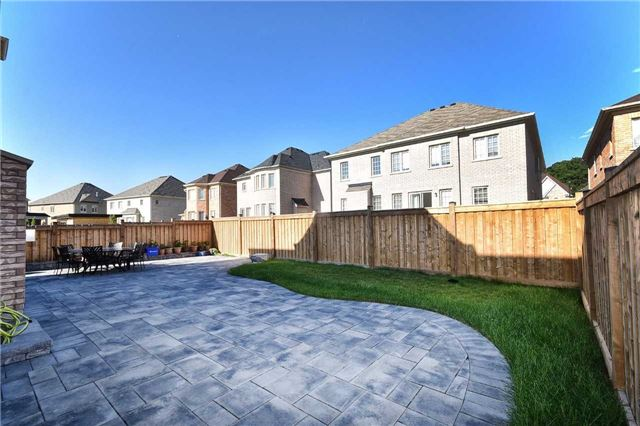 Detached at 68 Chesney Cres, Vaughan, Ontario. Image 14