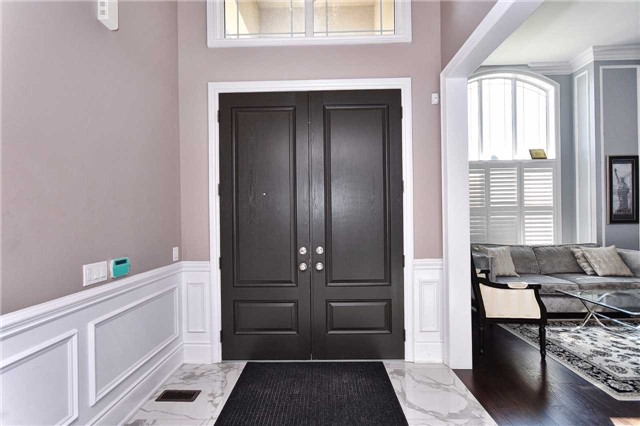 Detached at 68 Chesney Cres, Vaughan, Ontario. Image 16