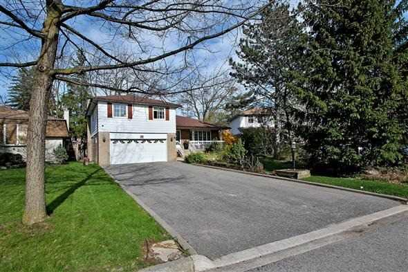 Detached at 139 Marla Crt, Richmond Hill, Ontario. Image 1