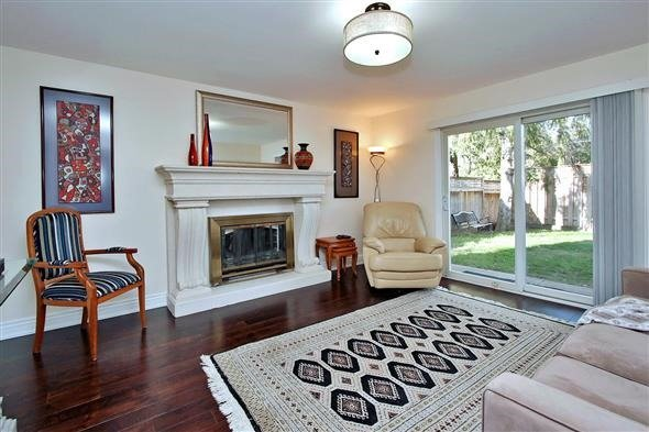 Detached at 139 Marla Crt, Richmond Hill, Ontario. Image 6