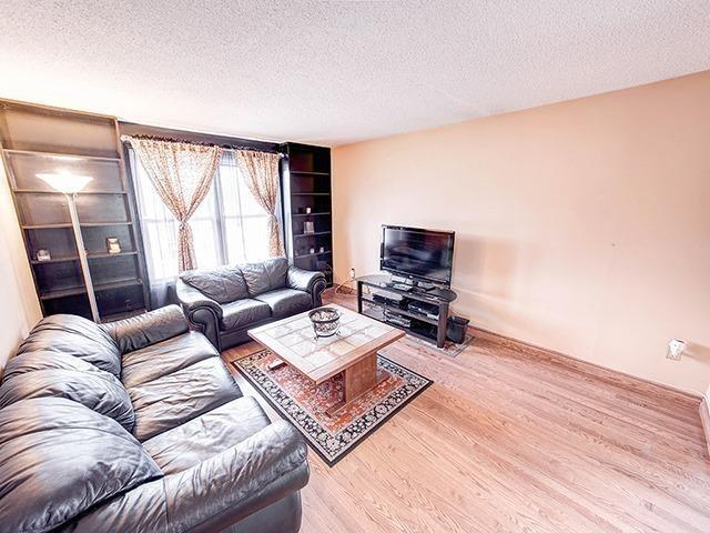 Detached at 108 Armitage Dr, Newmarket, Ontario. Image 13