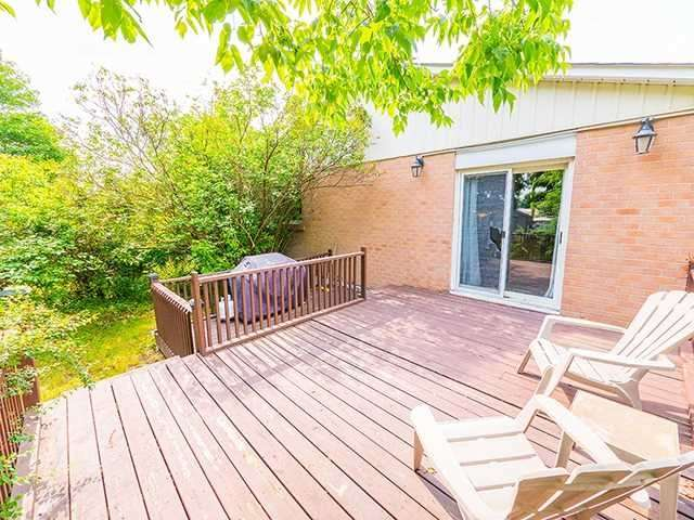 Detached at 108 Armitage Dr, Newmarket, Ontario. Image 7