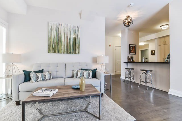 Condo Apartment at 481 Rupert Ave, Unit 414, Whitchurch-Stouffville, Ontario. Image 3