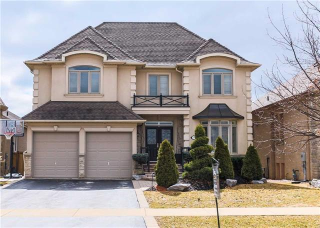 Detached at 113 Regatta Ave, Richmond Hill, Ontario. Image 1