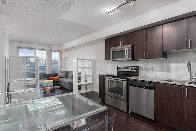 Condo Apartment at 370 Highway 7 Rd E, Unit 319, Richmond Hill, Ontario. Image 9