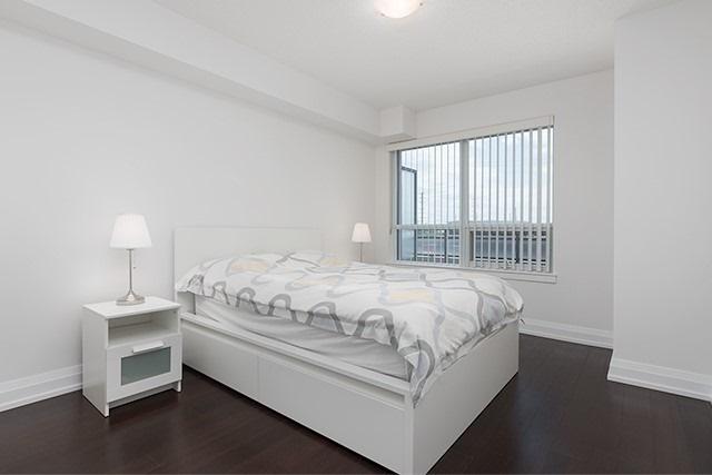 Condo Apartment at 370 Highway 7 Rd E, Unit 319, Richmond Hill, Ontario. Image 11