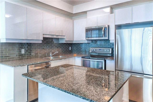 Condo Apartment at 2910 Highway 7 Rd, Unit 419, Vaughan, Ontario. Image 1